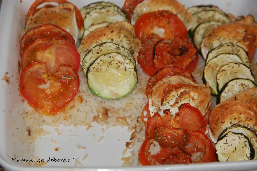 Tian courgette tomate et chèvre sur lit de riz