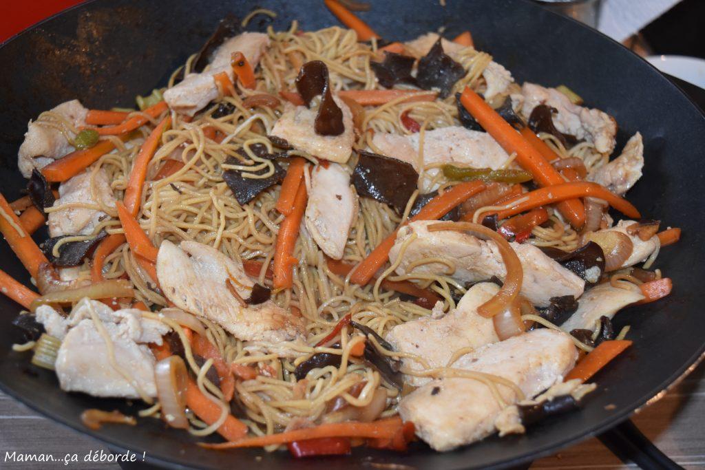 Chow mein au poulet
