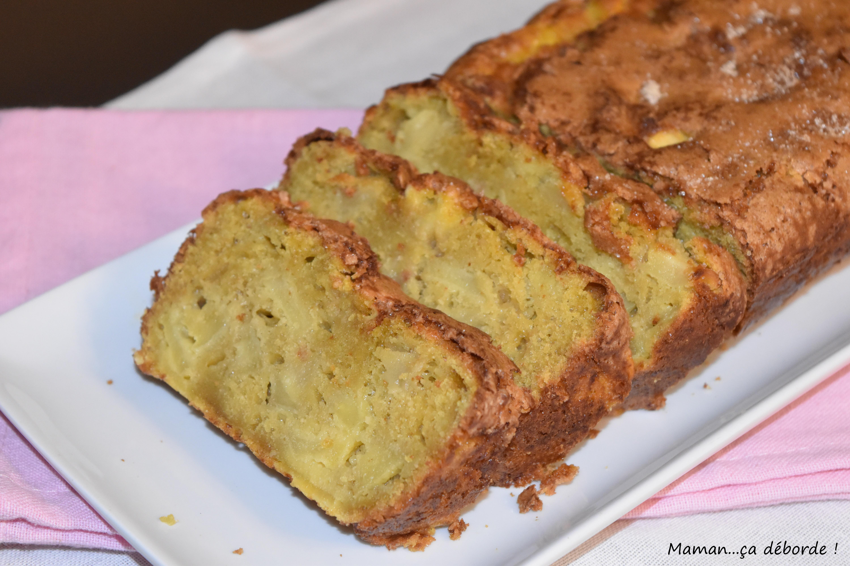Cake aux pommes et aux jaunes d'oeufs