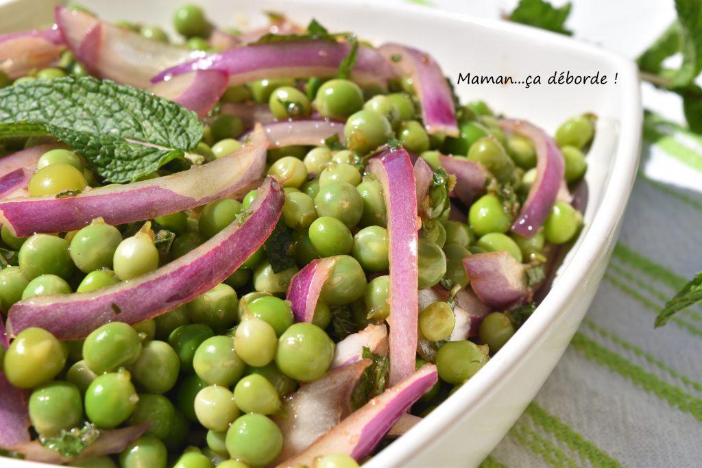 Salade de petits pois, oignon et menthe