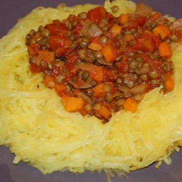 Courge spaghetti à la bolognaise de lentilles