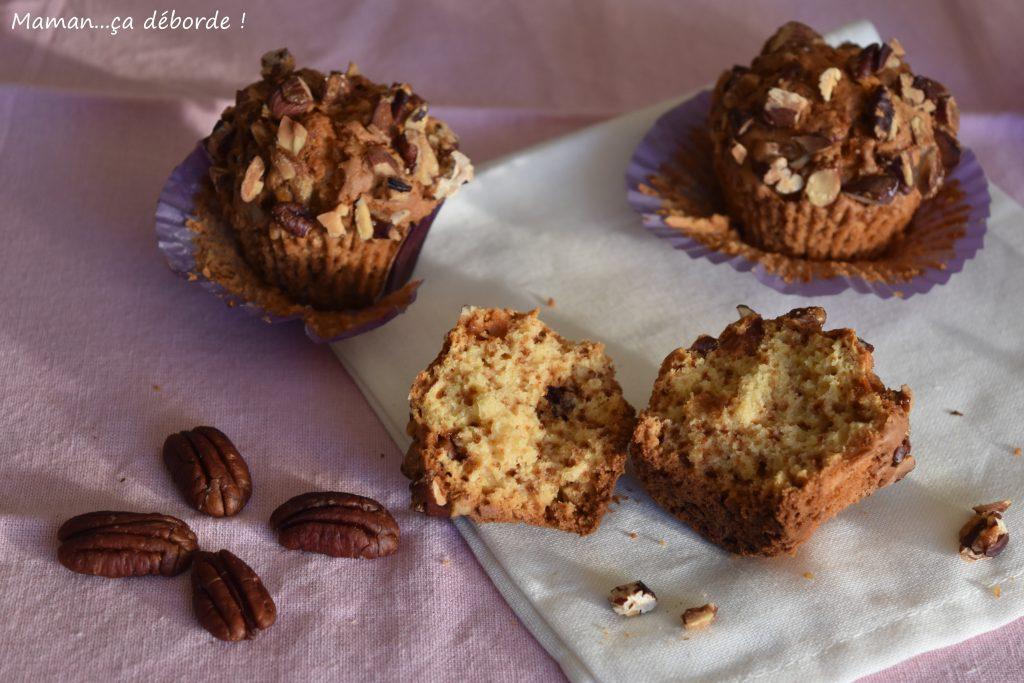 Muffins chocolat blanc et noix de pécan caramélisées