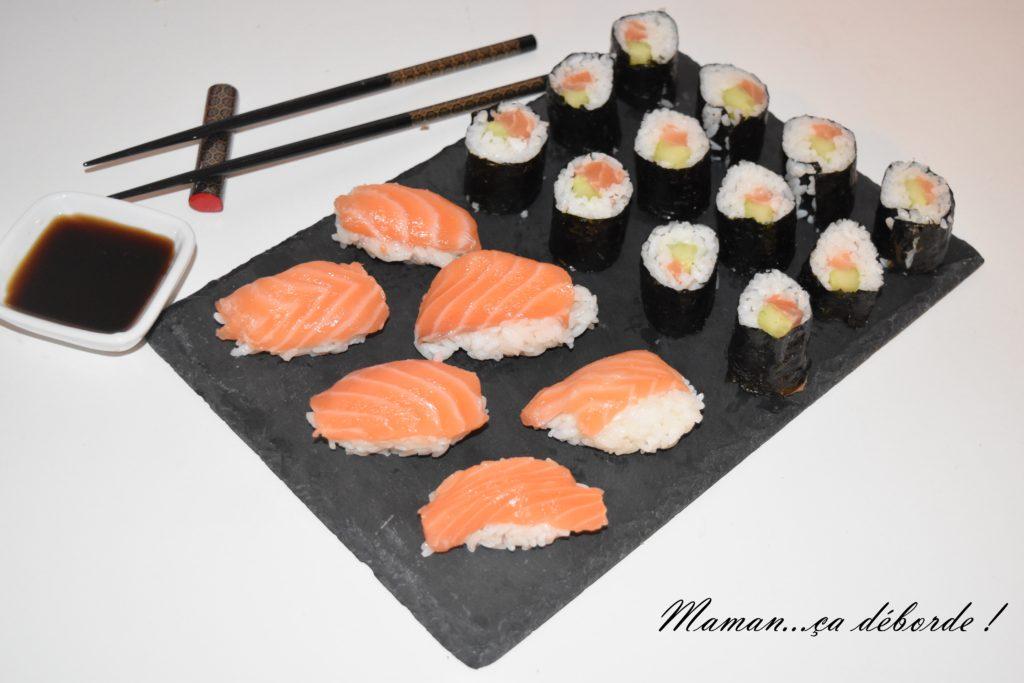 makis et sushis au saumon maman a d borde. Black Bedroom Furniture Sets. Home Design Ideas